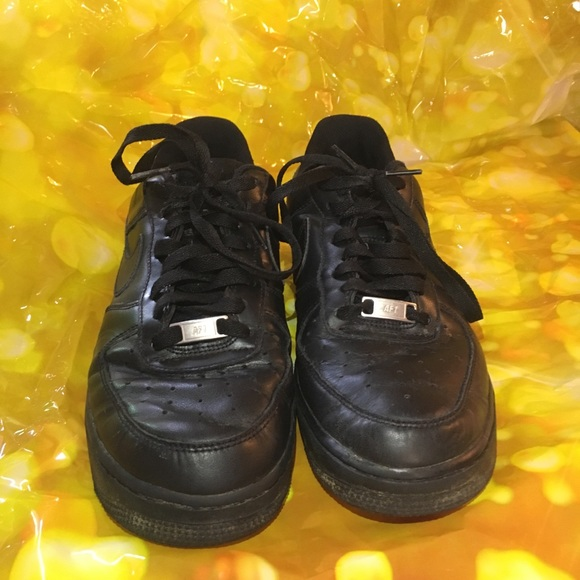 Nike Air Force 1 men's shoes size 9, used black